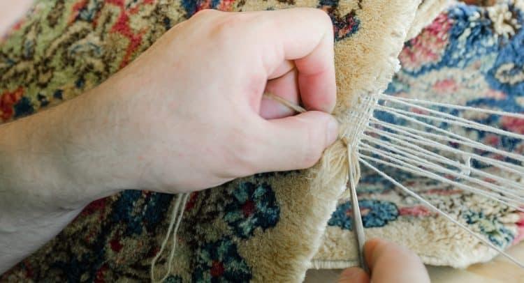 Nous réparons les tapis et les carpettes abîmés