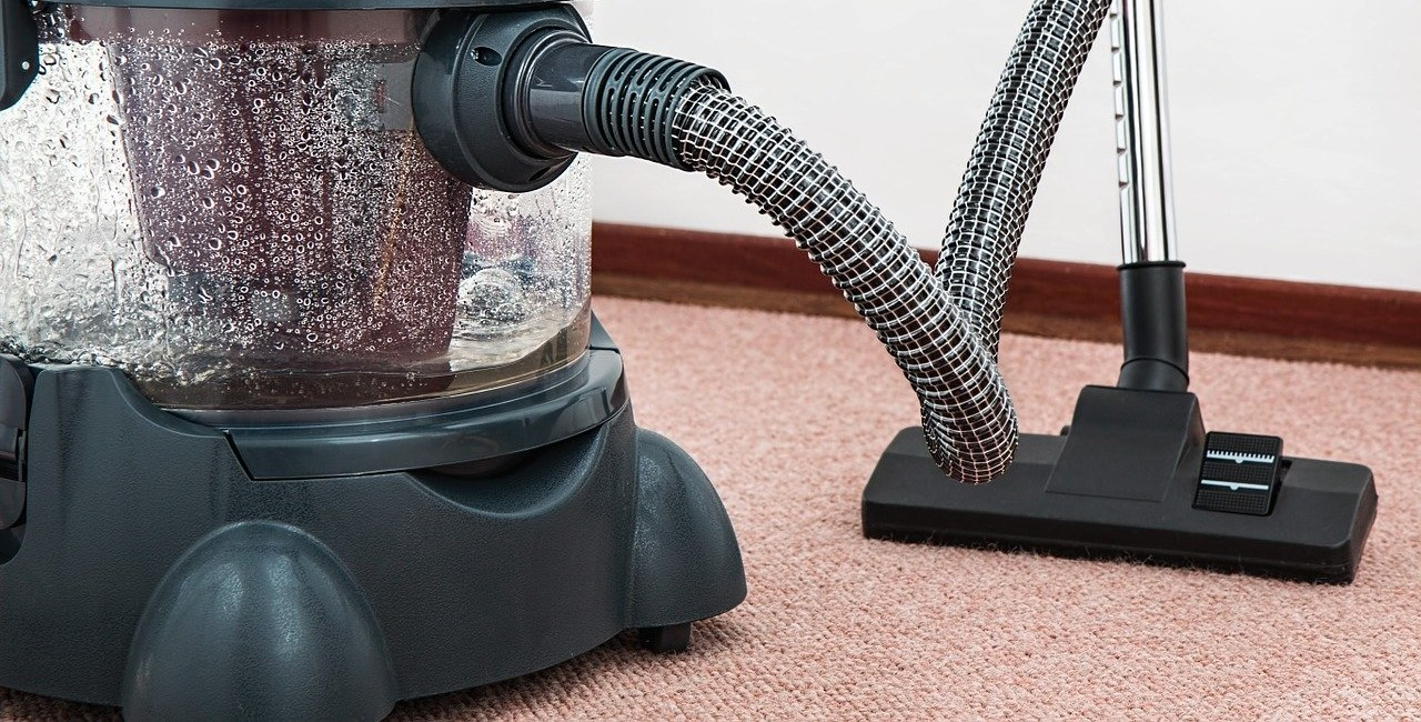 How to Avoid Damages When Cleaning Carpets and Rugs